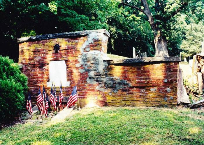Huntington Tomb Before